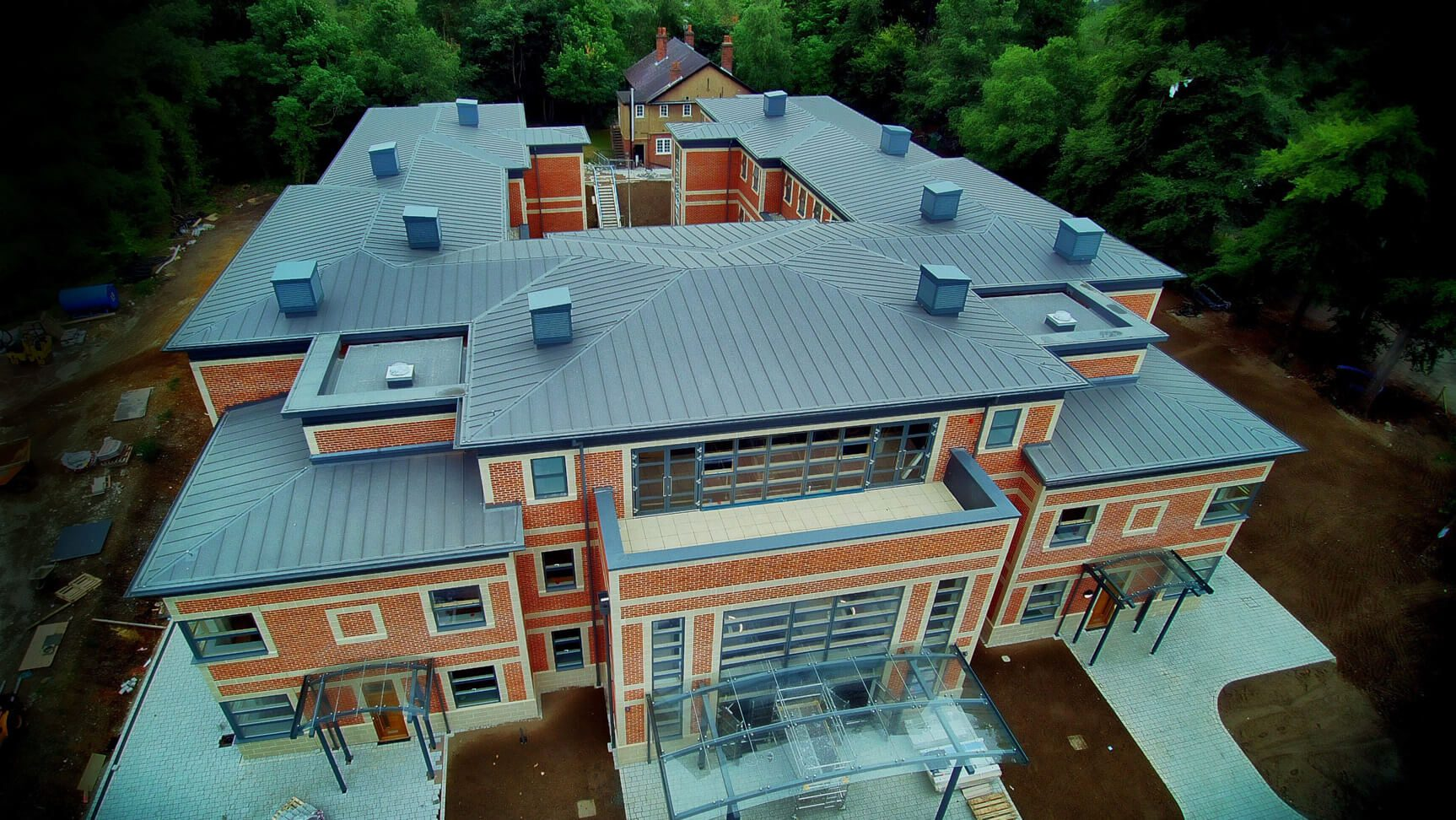 Ics Industrial Roofing And Cladding Specialist In The