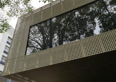 AE building - Wall /window cladding.